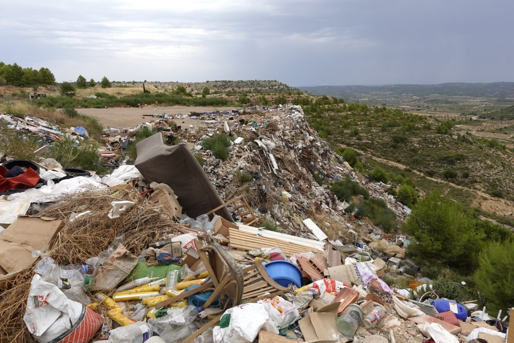 rubbish dump Spain